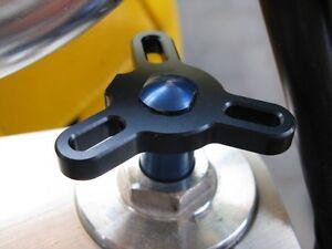 Gabelversteller Yamaha XJR1300/BT1100 Bulldog Modelle schwarz eloxiert *NEU*