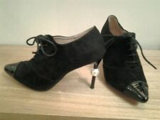 BLACK FAUX SUEDE SHOES WITH PEARL HEEL & PATENT TOE SIZE 4 37