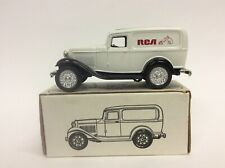 ERTL 1932 Panel Delivery Bank RCA NEW NIB E1015
