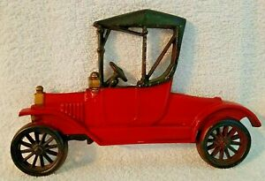 Vintage Americana Red Metal Car Wall Art Hanging by Sexton USA