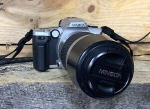 Minolta Maxim Camera WITH Lens AF 1.5M / 4.9 FT MACRO ZOOM LENS