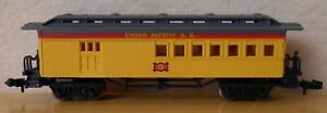 N scale old time passenger car UP combine Bachmann old timer dark wheels New