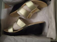 "CALLISTO of CALIFORNIA ""ALI"" GOLD WEDGES * 7 B * BEAUTIFUL SHOES! BRAND NEW!"
