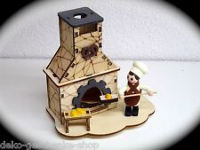 CASA ahumeante con figura Fumador Horno Baker COLORES 11cm Figura Humeante 40004