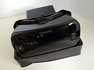 Samsung Gear VR Headset with Controller boxed VGC (Har)
