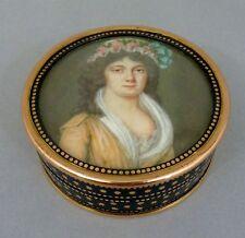 Vernis Martin Dose, fein gemaltes Brustbildnis einer Dame, Gold Montage, um 1800