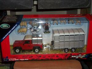 BRITAINS   43138A1SHEEP FARMER SET      NEW BOXED