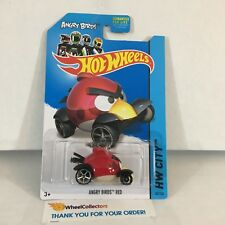 Angry Birds Red #82 * 2014 Hot Wheels * NF24