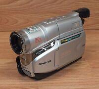 jvc gr axm17u compact vhs vhsc camcorder w 20x optical zoom free rh ebay com