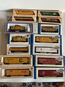 Bachmann IHC HO scale 14 Freight Train Car Lot In Boxes