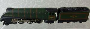 HORNBY DUBLO Golden Fleece 60030 Locomotive & Tender Untested
