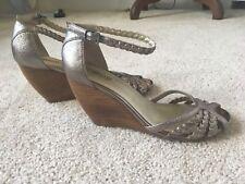 SEYCHELLES Women's Gold/ Pewter Metallic Wedge Sandals Sz 9