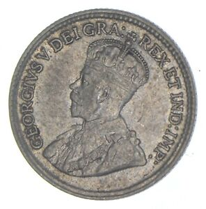 Better Date - 1920 Canada 5 Cents - SILVER *797