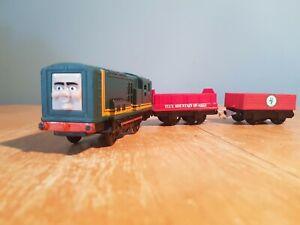 tomy trackmaster thomas the tank engine battery train paxton