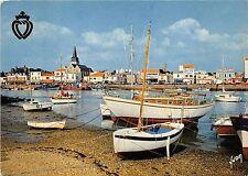 BR11036 Saint Gilles Croix de vie le port vue generale ship bateaux    france