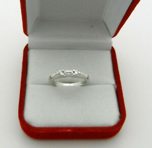 Beautiful 14k White Gold Wedding Anniversary Band Ring with Baguette CZ 3.6gr