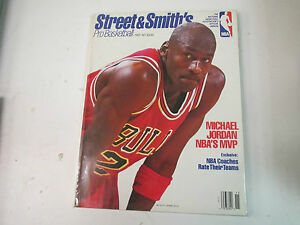STREET & SMITH'S 1991-92 PRO BASKETBALL - MICHAEL JORDAN   COVER