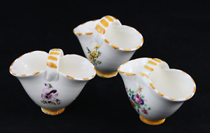 Set Of 3 Baskets Miniature Porcelain Decoration Flowers Houses Muñecas. Years 70