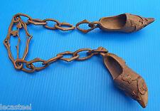 art populaire - sabot bois en chaine - prouesse de compagnon sabotier