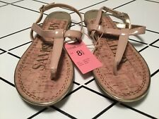 Sam & Libby Kamilla NEW Nude Patent Thong Sandals  Gold Accents size 8 1/2