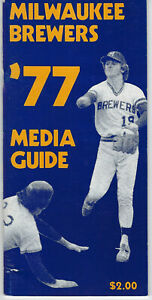 1977 Milwaukee Brewers media guide Robin Yount cover vintage original