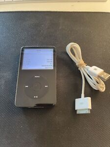 Apple iPod Classic 5th Generation A1136MA450LL 80GB - Black - Great Condition!