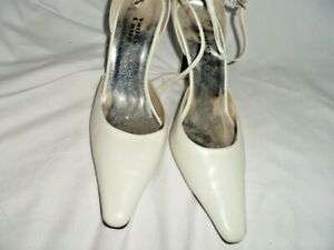Women Valley Lane White Leather Ankle Strap High Heels - Size 8.5M - NWOT