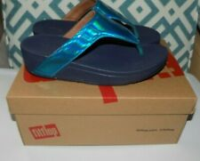 7 FitFlop Lottie Iridescent Scale Toe Post Thong Sandals Sea Blue w Box worn 1x