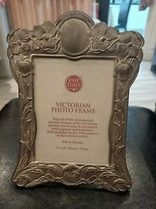 """VINTAGE VICTORIAN 19TH CENTURY SILVER PLATED  PHOTO  PICTURE FRAME SIZE 4"""" X 6"""""""