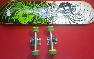 Complete Skateboard with Darkstar wheels & Trucks
