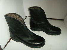 WINTER Fashion Boots Size 8 M Woman