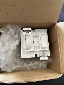 MK Grid Dimmer 4500 White