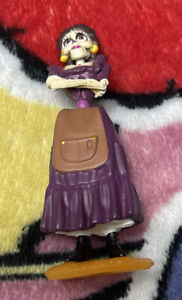 a2 The Disney Store Coco Pixar Mama Imelda Figure Toy