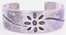 Flower Green Stone Inlay Sterling Silver Handcrafted Vintage Cuff Bracelet Fine