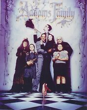 THE ADDAMS FAMILY 8X10 PHOTO  TV MORTICIA GOMEZ LURCH UNCLE FESTER PUGSLEY PIC