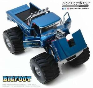 GREENLIGHT 13541 BIGFOOT Kings of Crunch Ford F-250 Monster truck model 1:18th