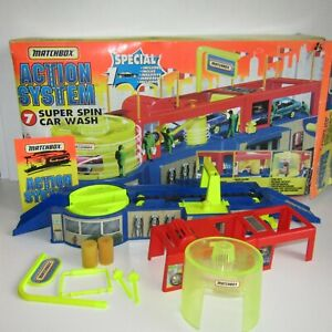 Matchbox Action System Super Spin Car Wash     Playset with Box  Incomplete