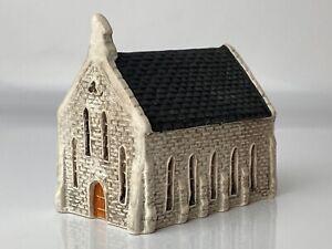 N Gauge Stone Church Resin