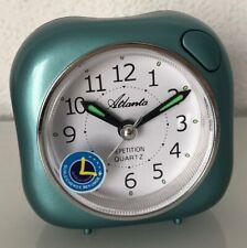 Réveil quartz silencieux vert, aiguilles lumineuses, éclairage ATLANTA 1582/6