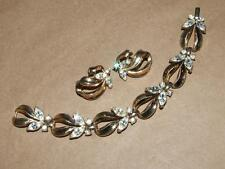 VTG Crown Trifari Goldtone Rhinestone Navette Butterfly Link Bracelet Earrings
