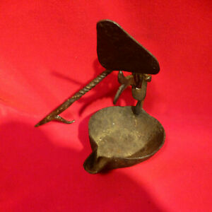 Early 18 TH CENTURY Handmade Wrought Iron Grease Betty Lamp Lighting Device