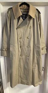 Vintage Men's Burberry London Coat With Inner lining Zip Up & Belt Size 42 REG