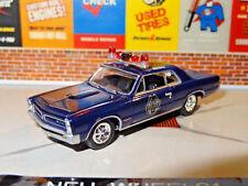 1965 PONTIAC GTO POLICE BEAT THE HEAT 1/64 DIORAMA DIECAST COLLECTIBLE K