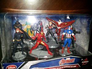 Disney Exclusive Marvel Avengers Deluxe 10-Figure PVC Playset
