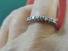 Demi-alliance or blanc 18 carats et diamants