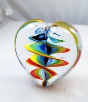M Design Art Twisted Rainbow Ribbon in Heart Paperweight PW-748