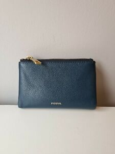 Fossil purse used