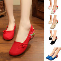 Women Wind Non-slip Embroidery Shoes Chinese Cloth Shoes Comfortable Soft Flats