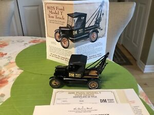 Danbury Mint 1925 Ford Model T Tow Truck 1:24 Scale
