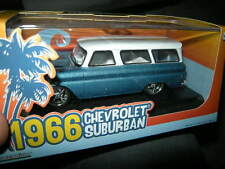 1:43 Greenlight CHEVROLET SUBURBAN 1966 BLU-BIANCO/BLUE-WHITE OVP